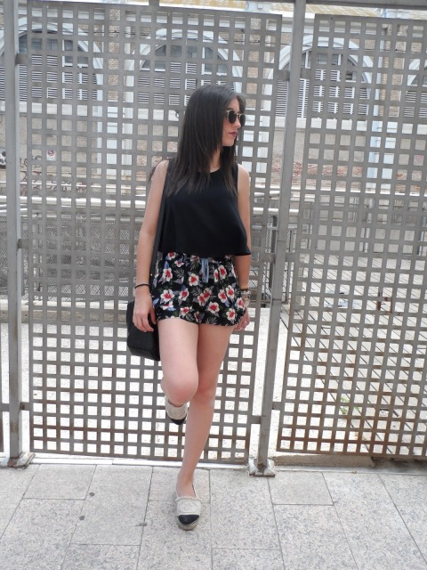 Spanish fashion blogger