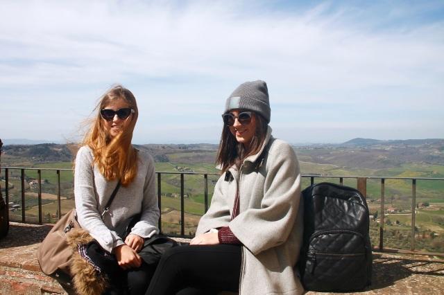 Blonde y Brunette travels